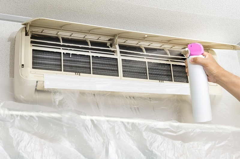 clean a window air conditioner mold