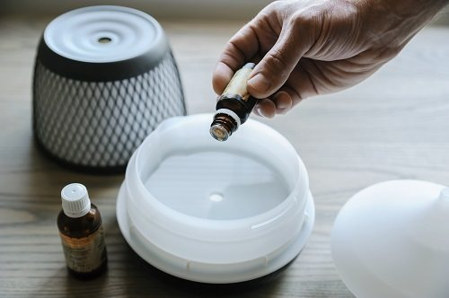 diffuser with essential oil